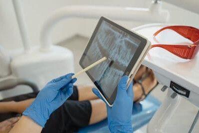 Стоматолог София 10